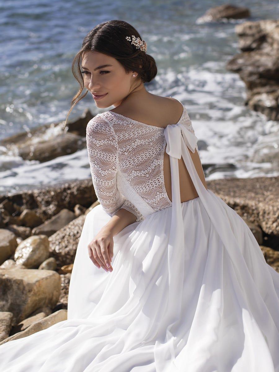 White One Clusiana